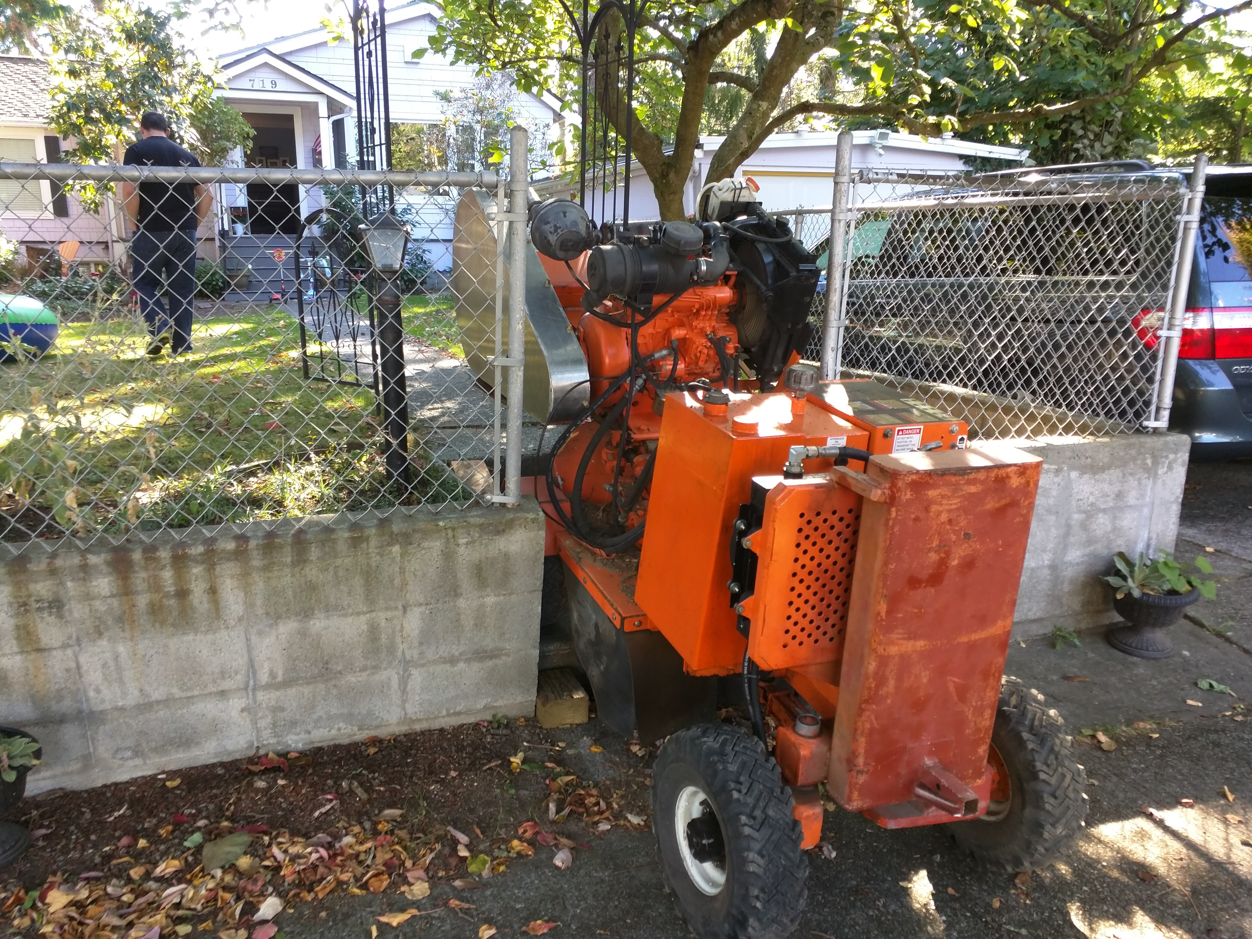 Diy do it yourself stump removal tips grinding burning stumps img20151004142734 solutioingenieria Image collections